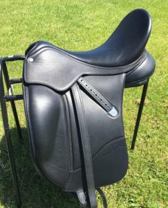 Bates Isabel Dressage Saddle