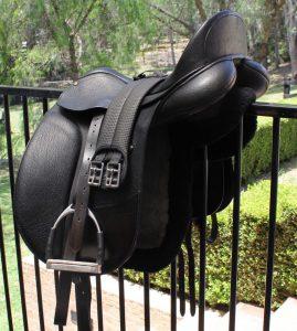 Bates Isabell Saddle -  17.5inch Black