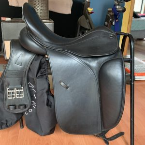 County Perfection Dressage saddle